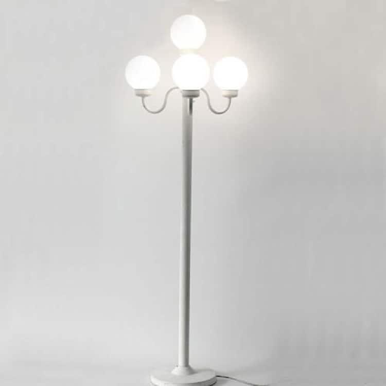 4 Globe Lamp Post